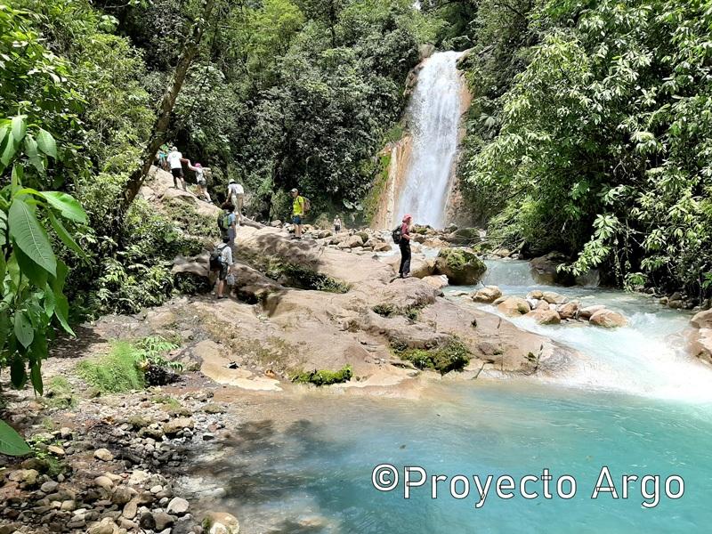 03. La ruta de las cascadas azules (Costa Rica)