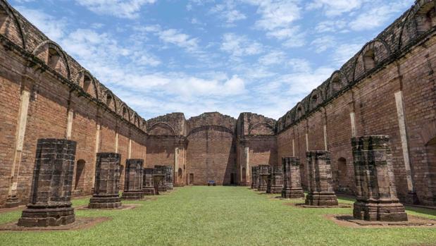 Español visita Paraguay y resalta la ruta de las Misiones Jesuíticas Guaraníes